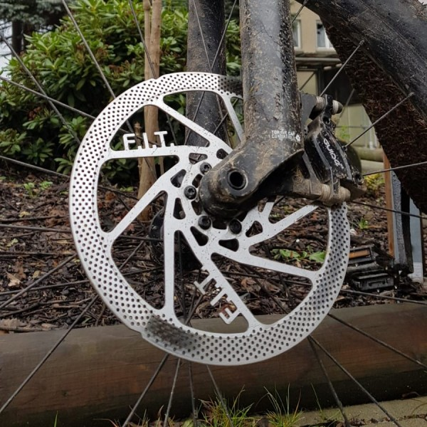 Punch-Disc-Werbung-brakestuffF95kbikU4FGP0